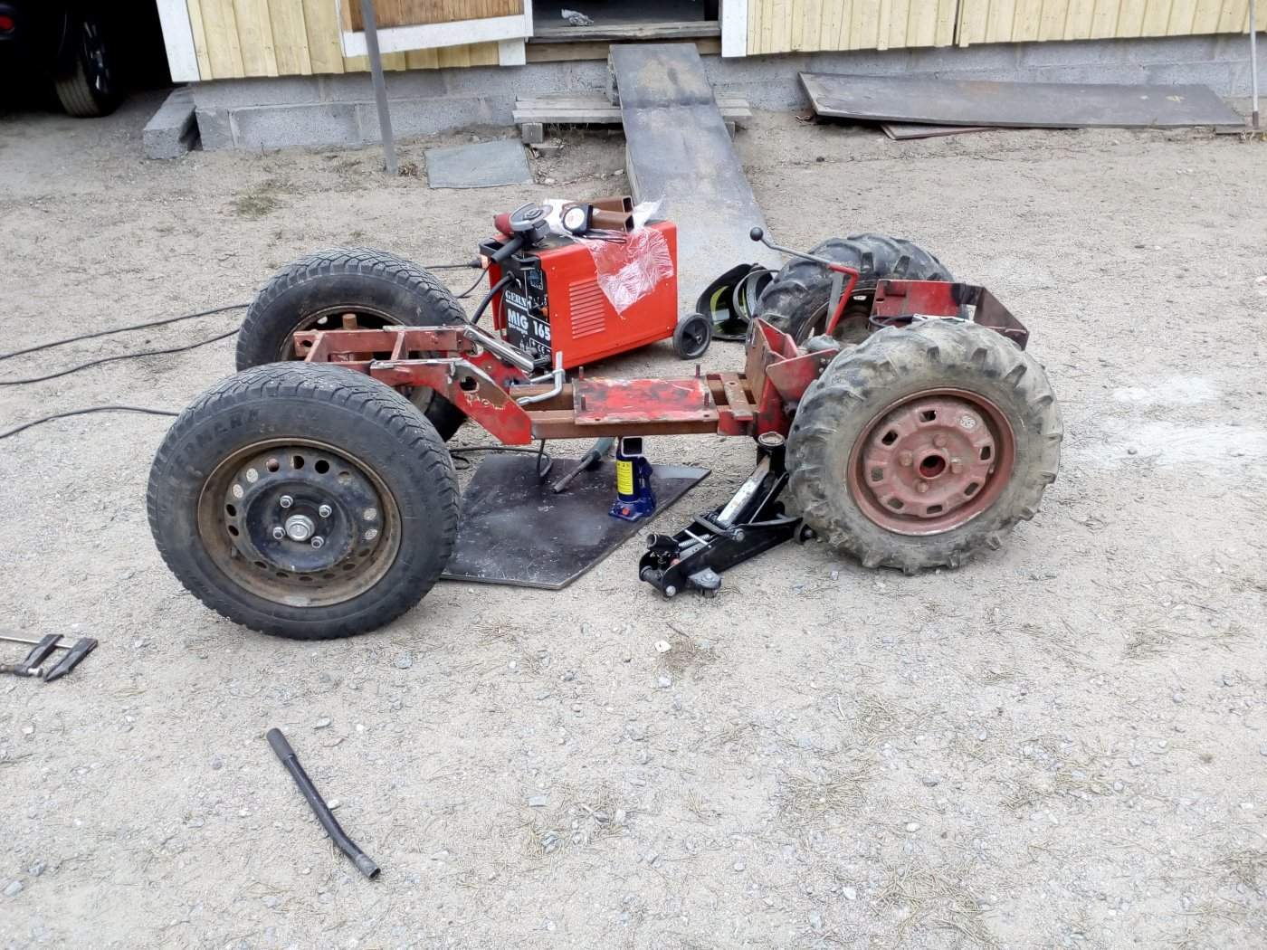 traktori 041.jpg