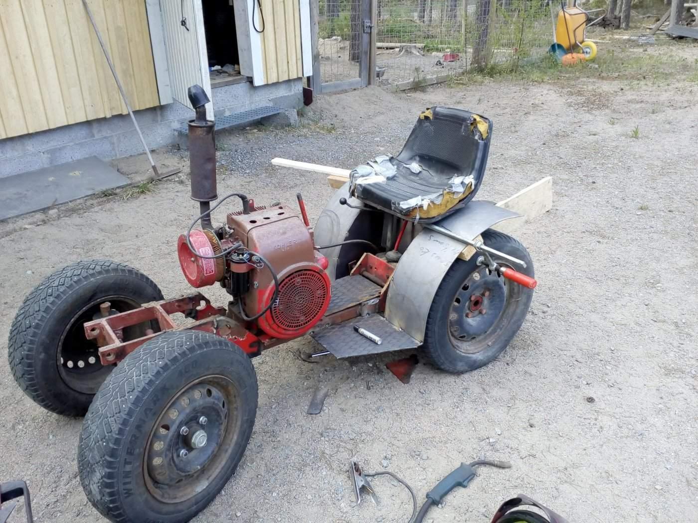 traktori 060.jpg